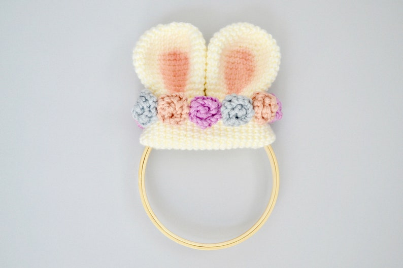 Bunny CROCHET PATTERN. Bunny Ear Wreath. Crochet Bunny Wreath image 0