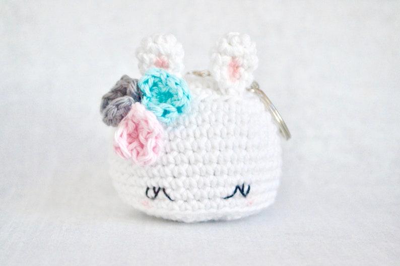 Bunny CROCHET PATTERN. Bea The Bunny Keychain. Crochet Bunny image 0