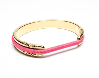 HUFFINGTON POST FEATURED Hair Tie Bracelet, Hair Tie Bracelet Holder - Flower Design Steel Gold