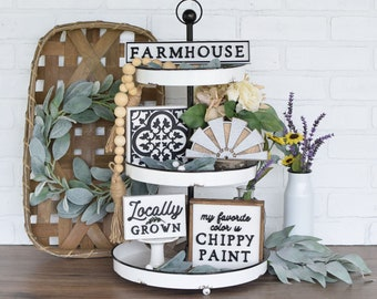 Modern farmhouse kitchen decor is always a great idea. But if you're decorating or redecorating your kitchen, it's the best idea yet! Let me show you some awesome decor for your kitchen {modern farmhouse or not} available at Etsy. Trust me, they will be so cute in your home!