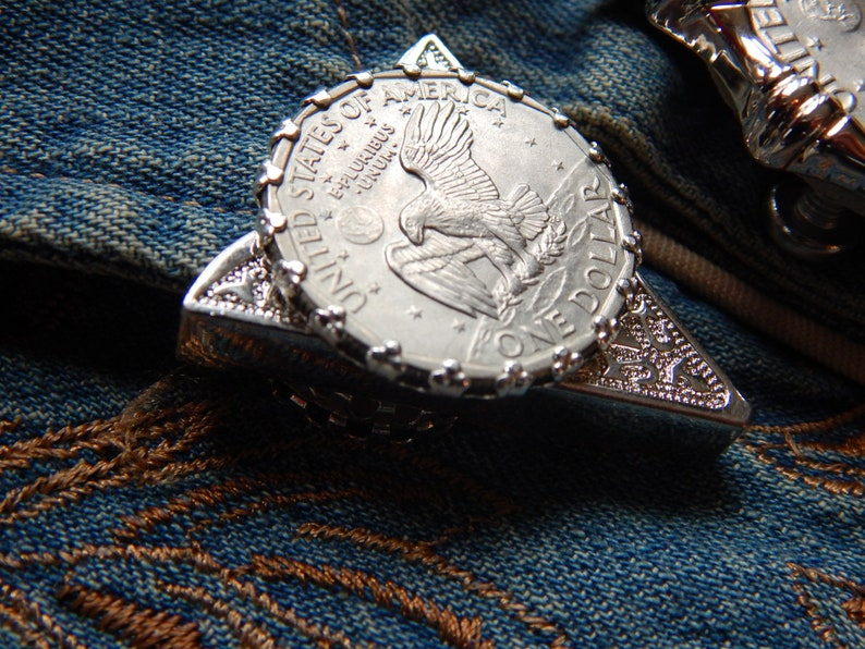 Handcrafted in the UK  American USA Susan Dollar Eagle Collar Tips Set Silver Metal Western Cowboy Ladies Mens