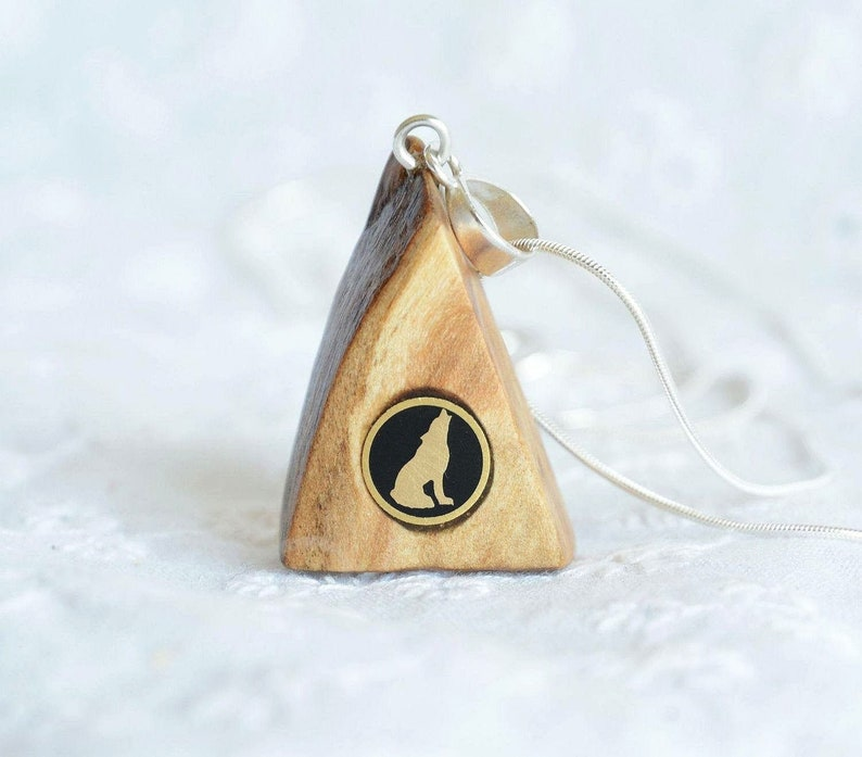Howling wolf pendant  wooden mountain pendant with howling image 0