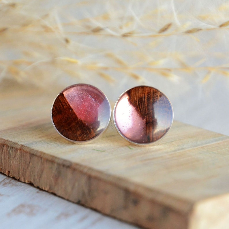 Round ear studs with wood and pink resin  Unique rose image 0