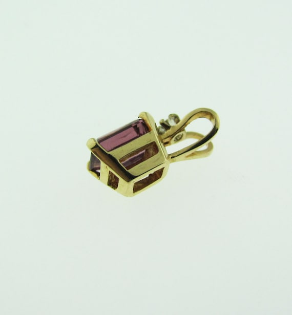 Pink Tourmaline Solitaire Pendant, Yellow Gold - image 4