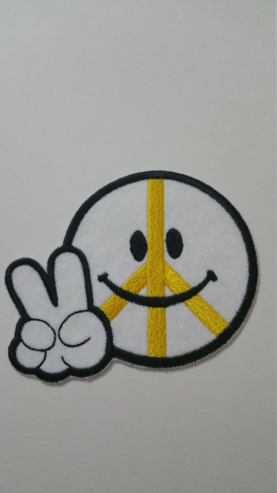 8 5 cm x 10 cm ( 3 355'' x 3 94'') peace sign emoticon iron on or sew on  patch Peace iron on patch Peace sign applique Peace sew on patch