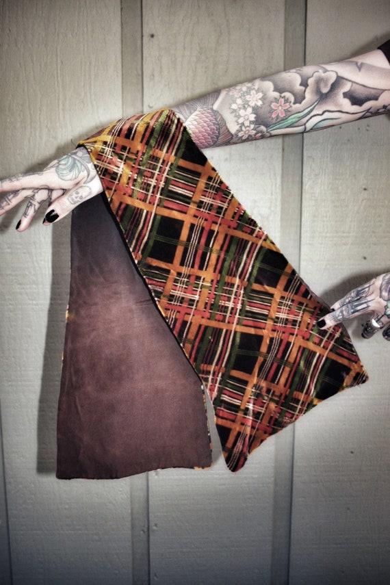 1940's vintage velvet patterned scarf wrap