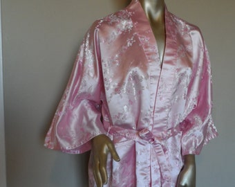 Vintage Pink Asian Robe  Size Small . Short Dressing Robe . Lounging Robe .  Valentine Pink Robe . Sexy Asian Robe . Wedding Special Occasion 085e198d5