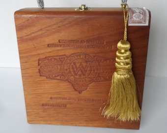 a0cd0edb5360 Vintage Wood Cigar Box Purse* 1973 Havana Cigar Box . Bead Handle .  Fabulous Condition . Bags & Purses . Top Handle Purse . Hippie Boho Bag