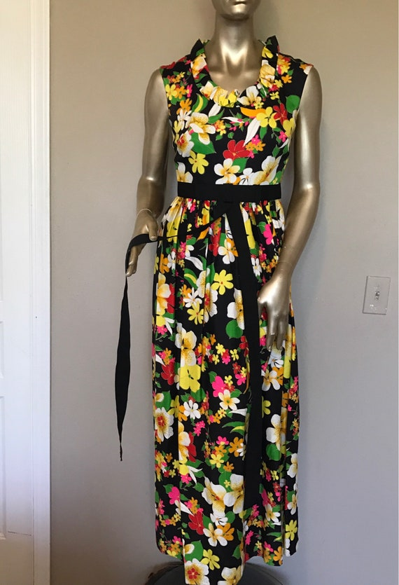Vintage Floral Maxi Dress* MISS ELLIETTE . Size 6 . Sleeveless . Bold & Beautiful . 1970's Summer Party Dress