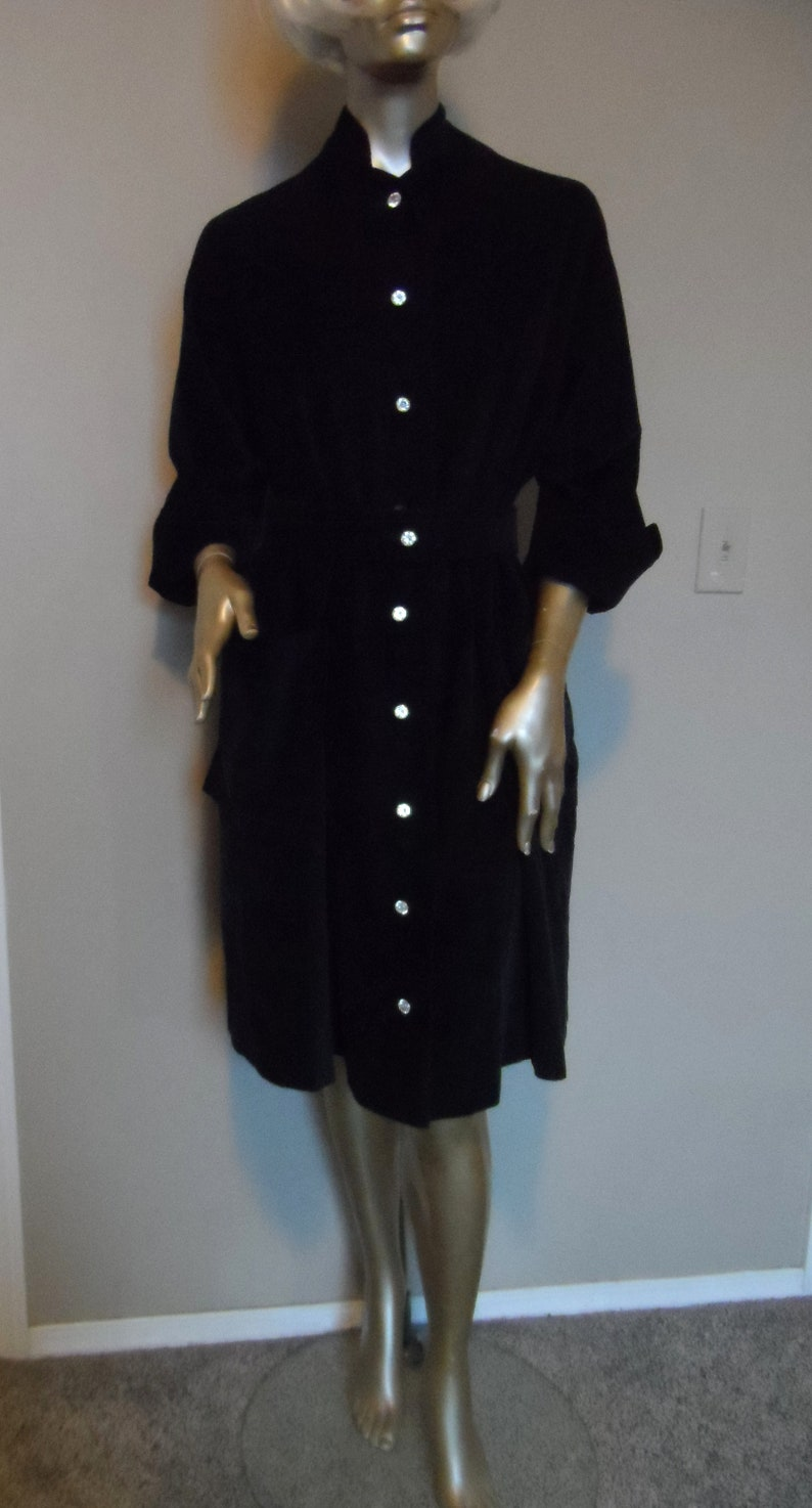 Large Rhinestone Button Down Front Long Sleeves with Wide Cuffs Belted OR Not Rare Dress Vintage Navy Blue Corduroy Dress* Size 9