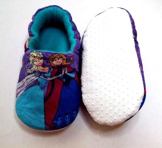 Disney Frozen Hausschuhe, Anna und Elsa Baby Schuhe, lila Disney Baby Booties, Kleinkind Hausschuhe, inspiriert Disney Charakter,