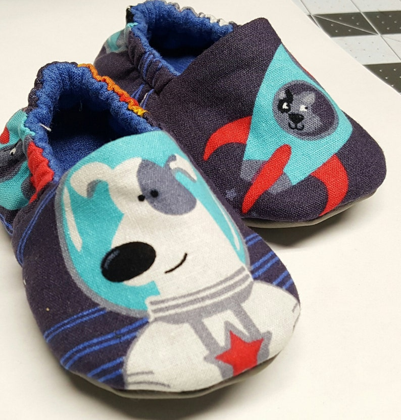 ad0f0159c72d4 Space Dog baby shoes,Slippers,Crib shoe,astronaut baby boy soft sole  shoes,Toddler Shoes