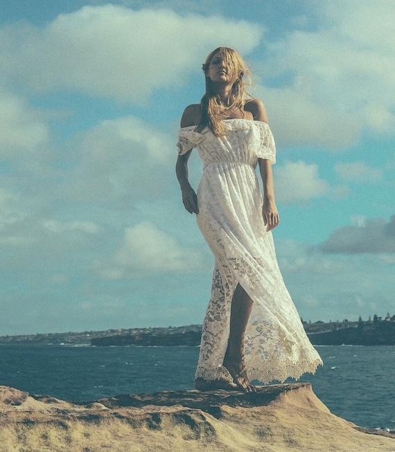50% deposit Divine Gypsy Sleeve Lace Bridal dress small train, Boho Bohemian beach wedding Dress