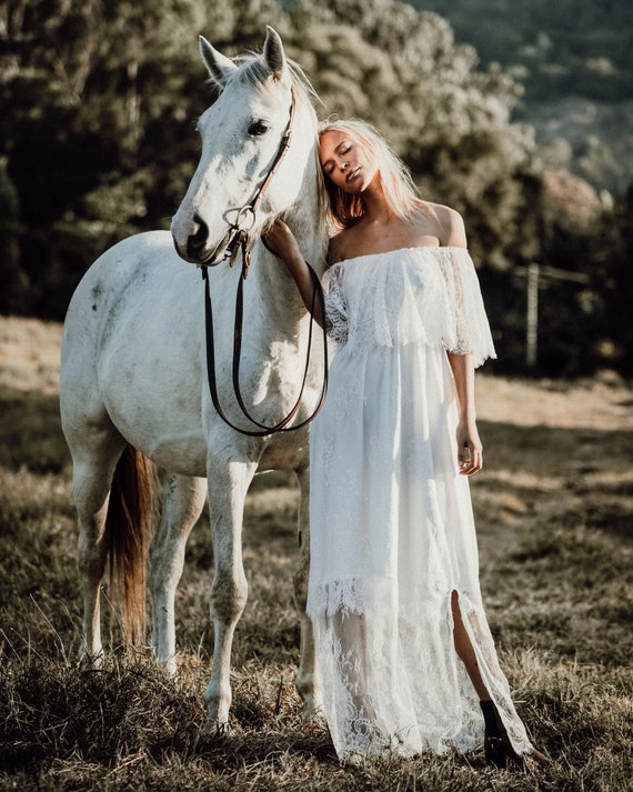 50% deposit Chantilly Lace Gypsy Bridal dress, Bohemian beach wedding dress