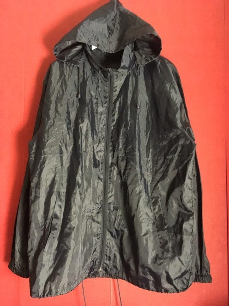 78e1f1c45 Vintage windbreaker black hooded swishy nylon size l -xl