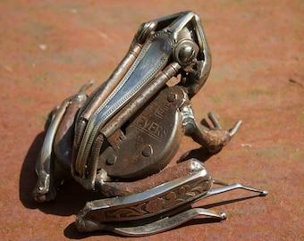 Frog Sculpture , Recycled Metal Art, A Bespoke Piece of Animal Art, Scrap Metal Artwork