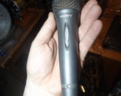 Vintage SONY F-V420 Dynamic Microphone Excellent condition. Untested but I would accept a return if it doesn 39 t work. Purchased estate sale