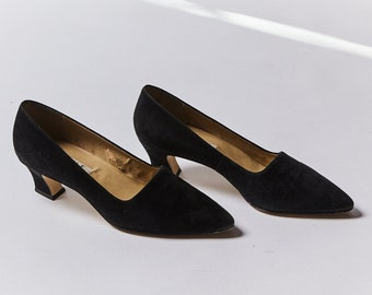 1a60122738 Nine West Black Suede Pumps Made in Brazil - Size: 10M - SOLD AS IS