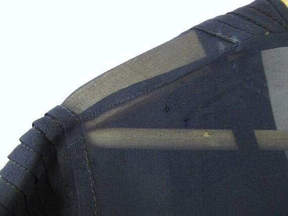 Silk Chiffon 1920's Drop-waist Navy Dress with Sl… - image 5