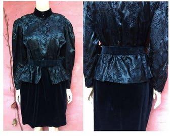 1980s black velvet and satin thrilled one piece DRESS // size eu 38- uk 10 - us 6