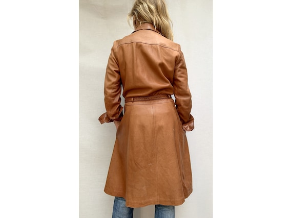 70s brown leather COAT/ belted leather trench coa… - image 5