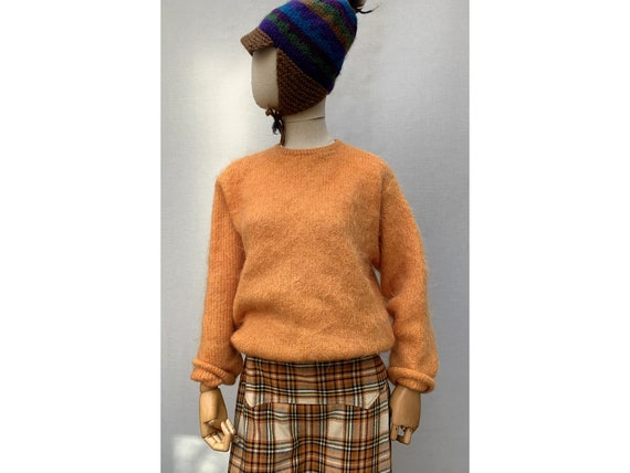 MOHAIR vintage 90s orange SWEATER / mohair Pullove
