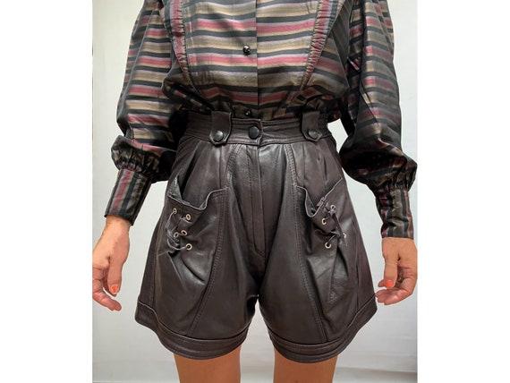 80s vintage high waist SHORTS // leather shorts//