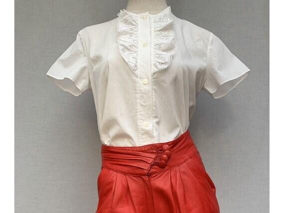vintage 60s white cotton blouse/ jabot blouse / Mo
