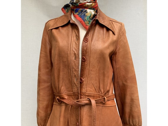 70s brown leather COAT/ belted leather trench coa… - image 7
