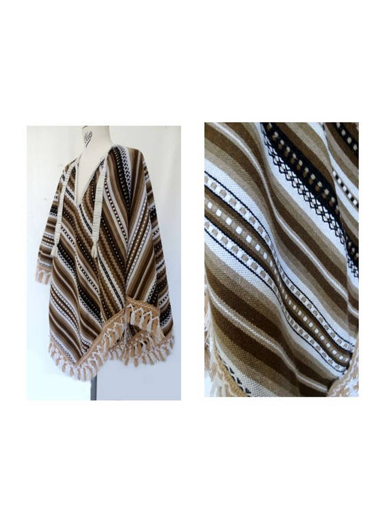 vintage 70s stripped wool fringed PONCHO  Peruvian etnic poncho  striped shawl  wool shawl   etnic poncho one size