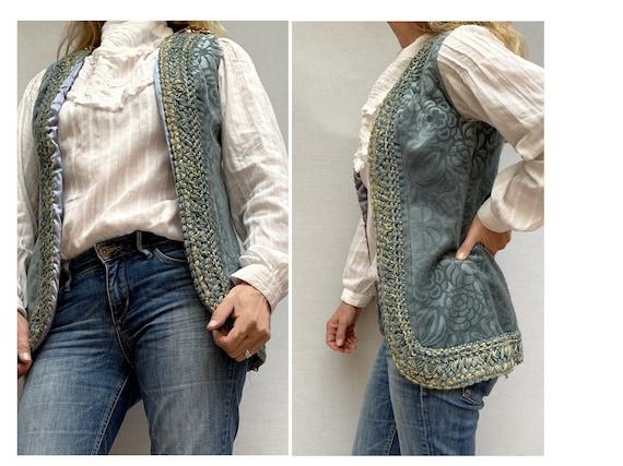Vintage 60s VELVET tapestry sleeveless Jacket / Wo