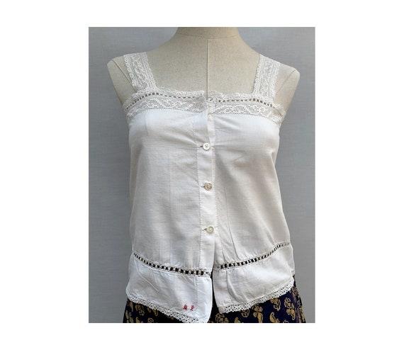 vintage  white top // white  cotton Lace top //vin