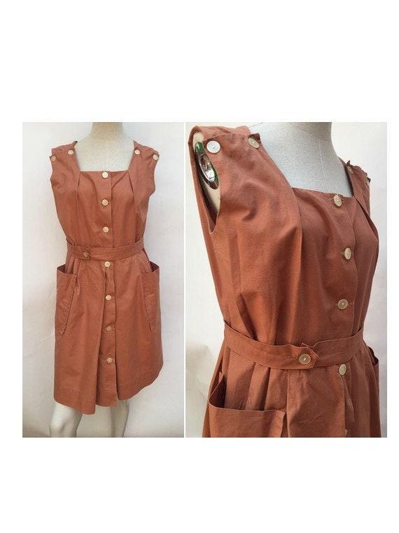 vintage brown Apron DRESS // apron shirtdress // 1