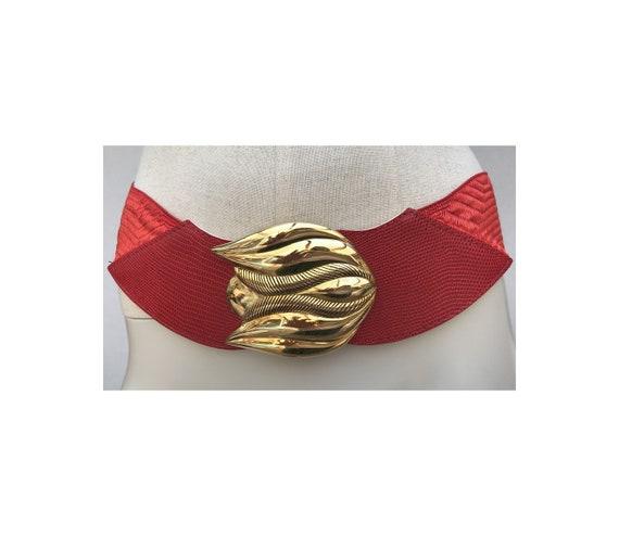 1980s red Gold Buckle Elastic  BELT // Geometric 8
