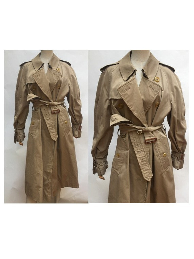 0a550b989c5 1980s Iconic Men s Burberry Trench Coat    Vintage 80s