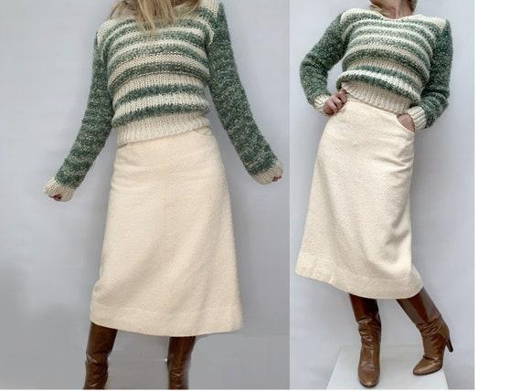 AUTHENTIC 70s CHANEL wool Tweed Beige SKIRT vintag