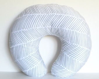 Boppy Nursing Pillow Cover - Freeform Arrows in Gray, Herringbone