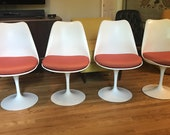 Mid Century Modern Eero Saarinen Tulip Chairs for Knoll (set of 4) new cushions