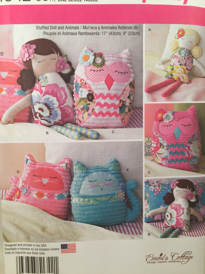 Simplicity Sewing Pattern 1342 Stuffed 17inch Dolls and 9inch Animals