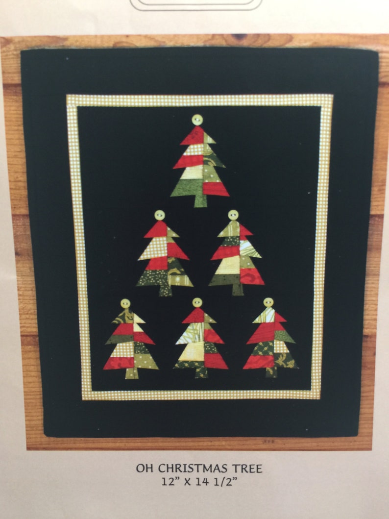Oh Christmas Tree Paper Pieced Quilt Wall Hanging Quilt Pattern Mh Designs Buttons Christmas Wall Hanging Christmas Picture Holiday