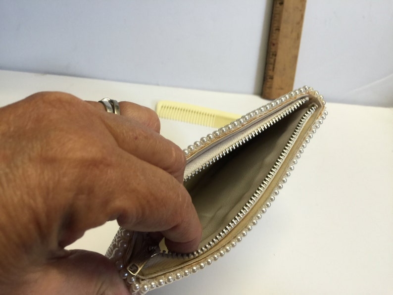 Evening Purse Zippered Clutch Pearl Purse Vintage 1950/'s Wedding Clutch Beaded Clutch Cream Colloid Comb Faux Pearl Clutch Purse Bag