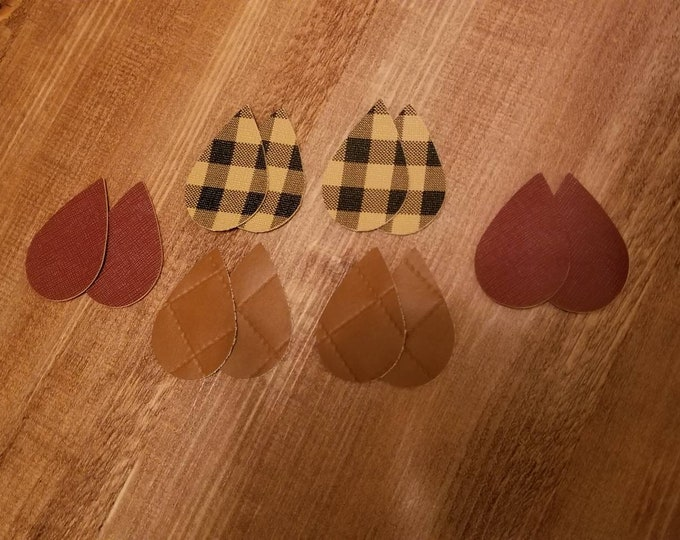 Brown Buffalo Check Teardrops,Brown Quilted Print Leather Alternative, Faux Leather, Teardrops 12 Pieces