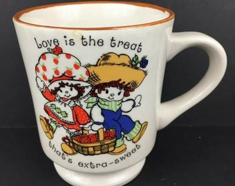 Vintage Strawberry Shortcake & Huckleberry Pie 1980 10oz Coffee Mug Cup