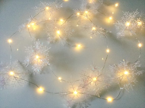 Snowflake 20 LED String Fairy Light Battery Operated Christmas Decor Warm Lamp