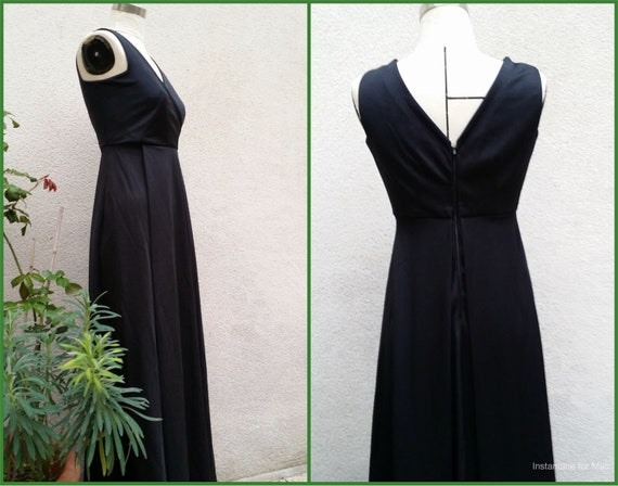 Long evening dress, Wrap-over top, sleeveless.