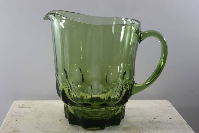 Green Continental Can Company Drink Pitcher, Mid Century Green Pitcher, 1  1/2 Quart, Avocado Green Drink Pitcher, Drinkware and Barware
