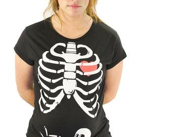 d4fd2377a534a Pregnant Skeleton Maternity Tshirt X-Ray Funny XRay Rib Cage Ribcage  Maternity Clothes Maternity T-Shirt Unisex Boy Girl Pregnancy Halloween