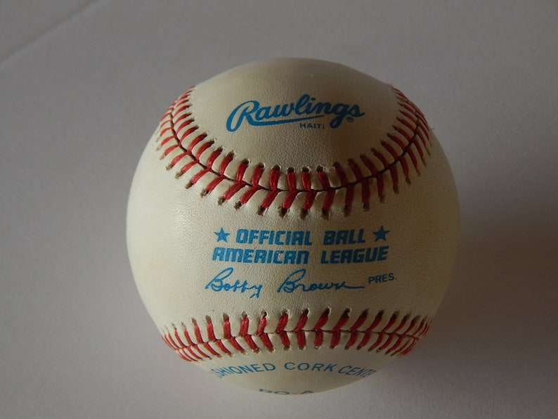 Bill Moose Skowron Autograph Baseball with Cube
