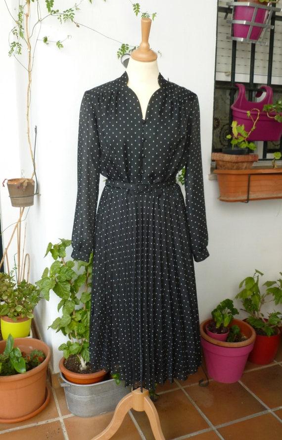 POLKA DOTS DRESS, 40's style