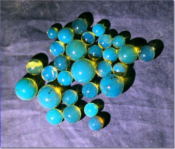 Lot 29 Dominican Natural Clear Sky Blue Amber Sphere Round Beads 5.2grams free drilling 5-9.5mm